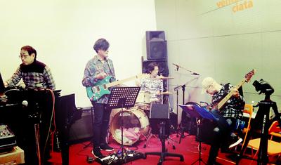 201230-band.jpg
